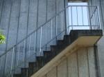 k階段とドアa0960_000399